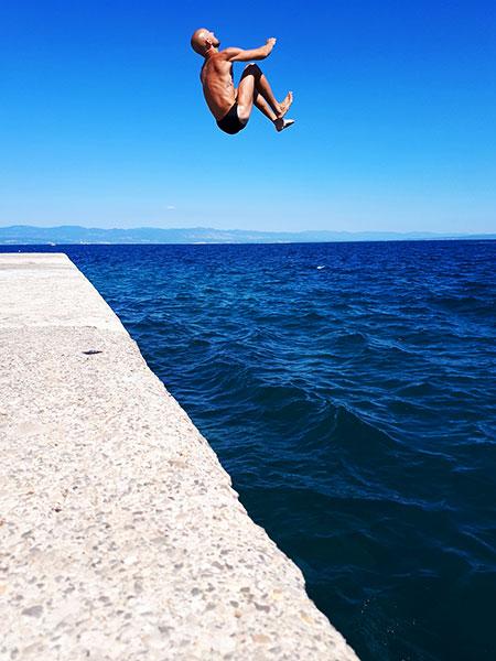 trener plywania bielsko biala. plywanie to skuteczny trening w walce z otyloscia